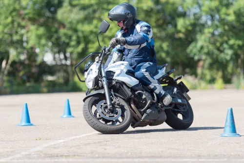 Motorrijbewijspoint Zwijndrecht motor rijtest