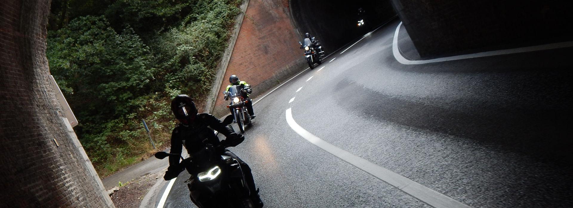 Motorrijbewijspoint Zwijndrecht contact