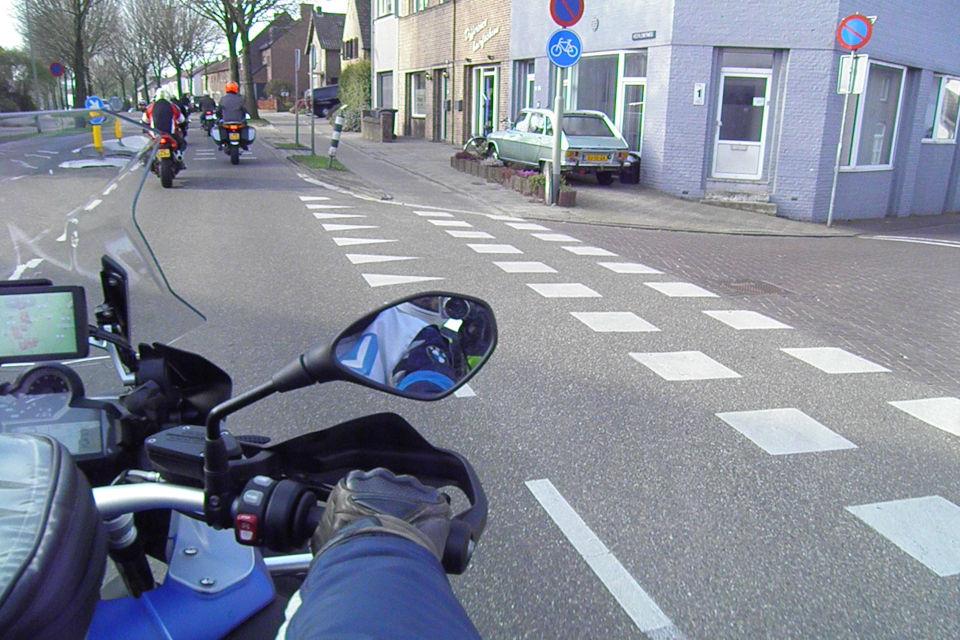 Motorrijbewijspoint Zwijndrecht theorie cursus online